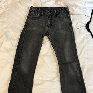 Mid rise Levi's jeans